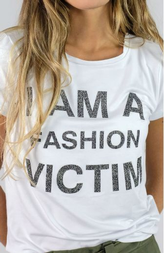 camiseta-camis-i-m-fashion-victim-cafarah-zoom.jpg